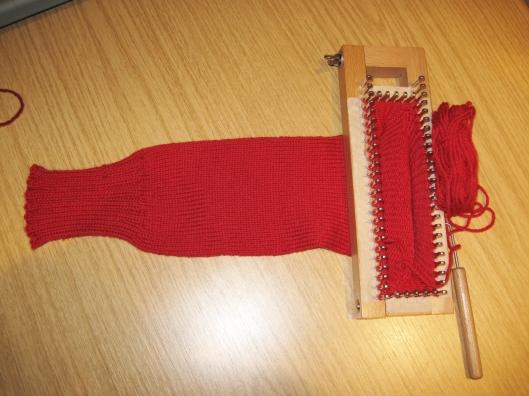 Knitting Socks Using Circular Needles : Line weaving lizzie mayne page